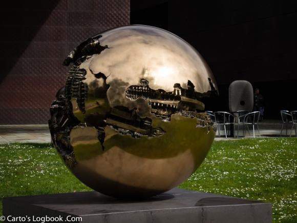 Reflecting, Sculpture Garden, De Young Museum, San Francisco